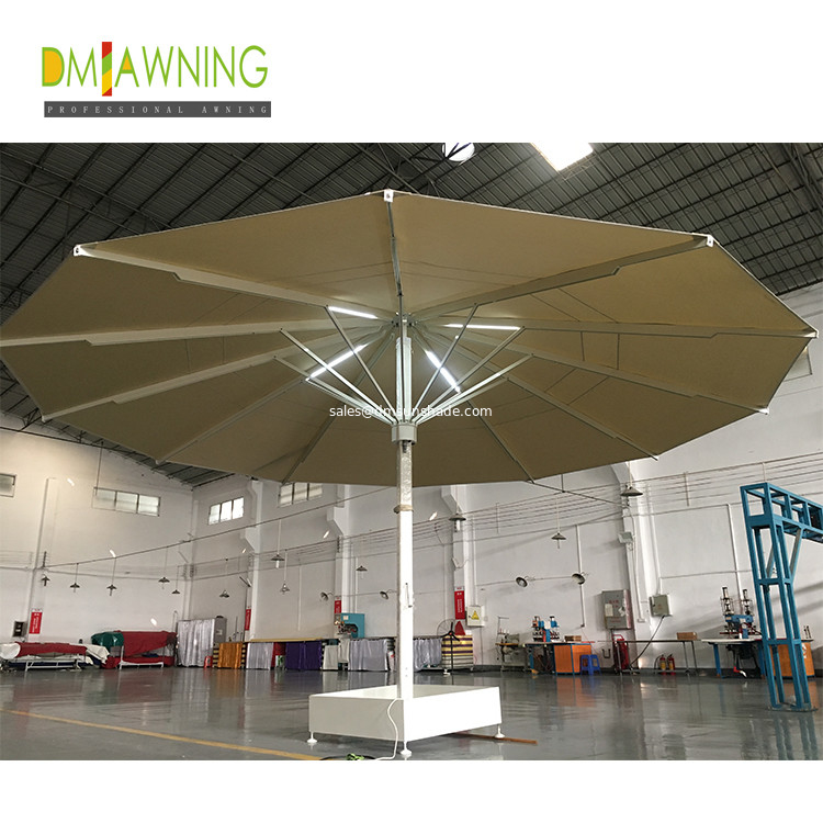 Strongwind Giant Umbrellas Extra Large, Large Patio Umbrellas With Lights